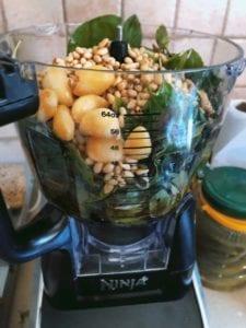Pesto einfach selber machen. Rezept